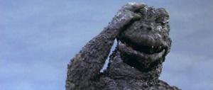 Che poi sarebbero quegli errori che fanno prendere scuorno pure a Godzilla.